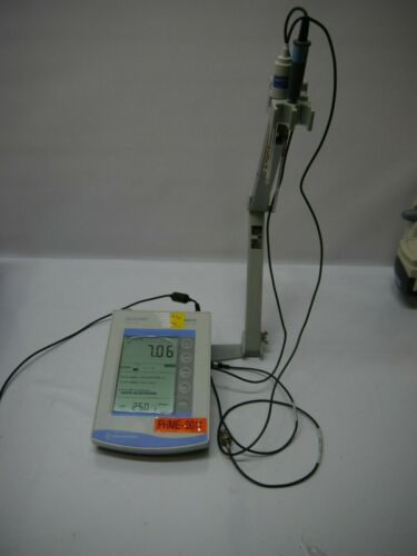Fisher Scientific Accumet AB15 Basic pH Meter with Accessories