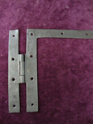 Antique single blacksmith made Georgian HL hinge