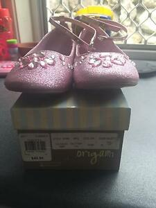 Pink sparkly shoes size 6 Nerang Gold Coast West Preview