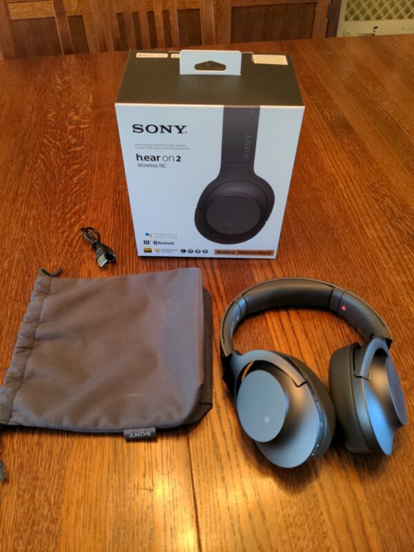 SONY WH-900N/BM h.ear on 2 Wireless Noise Cancelling Headphones