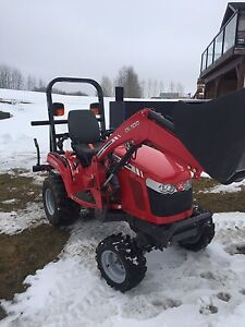 Tractor gc1705