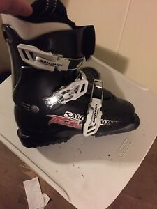 REDUCED Kids skis & boots for Sale