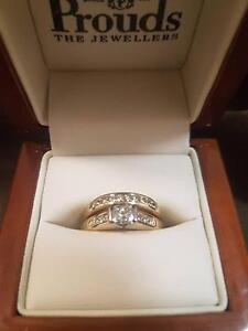 Womens engagement and wedding ring set Murgon South Burnett Area Preview