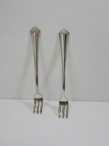 Two Vintage R Wallace The Madison Cocktail Forks