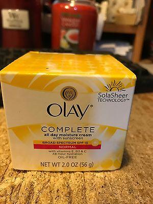 Olay Complete All Day UVA/UVB Protection Moisture Cream SPF 15 Vitamin E --2 Oz