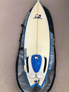 Surfboard - fish    Baggie   fins