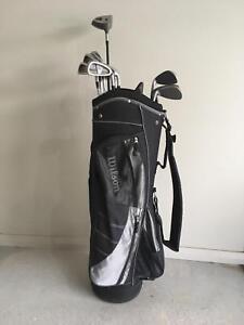 Set of Golf Clubs - Titleist, Precept