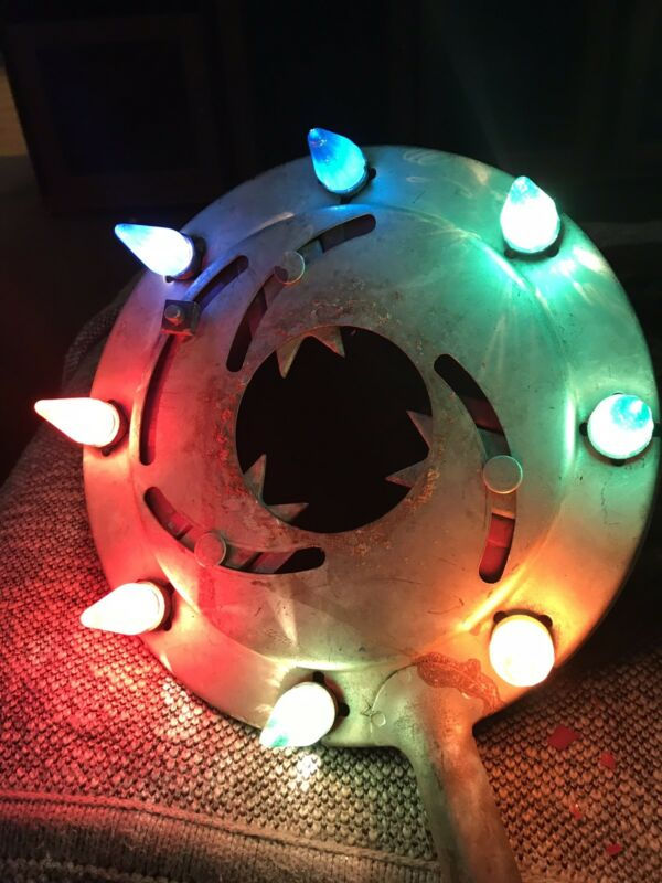 VTG/ANT NOMA ELE. CO. CAST METAL LIGHTED CHRISTMAS TREE STAND W/C-6 Lights