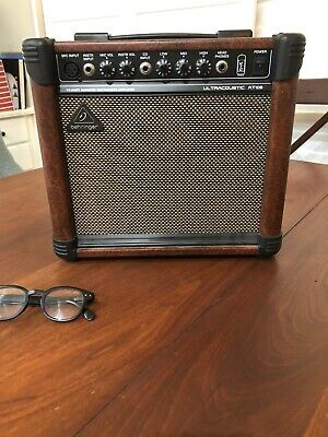 Behringer 15 Watt VTC Acoustic Guitar Amplifier in Great Condition