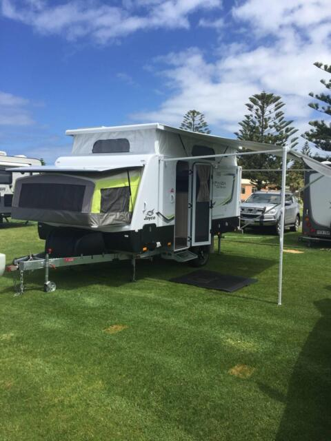 Elegant Caravan For Hire On Presthaven Beach Resort