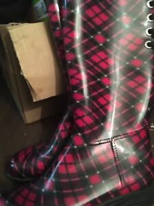 Ladies fashion rubber boots