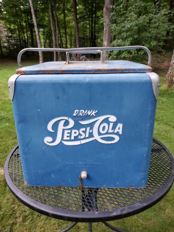 vintage blue tin Pepsi cooler