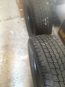 LT 275-70R18 Toyo Open Country G 02 plus  (2 tires).