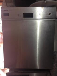 Miele full kitchen appliances