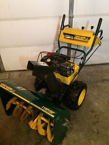 MTD yard-man snowblower 11HP/30""