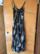 Sportsgirl 100% silk size 6 maxi dress Trigg Stirling Area Preview