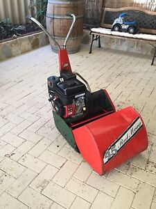 Lawn mower Carramar Wanneroo Area Preview