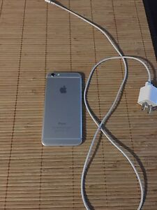Iphone 6 16g with bell or virgin mint condition 300$ FIRM