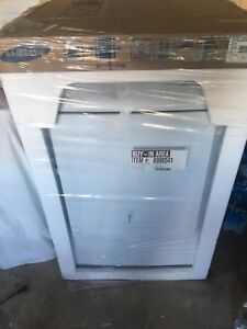 Samsung dryer 7.2 ft.³    NEW