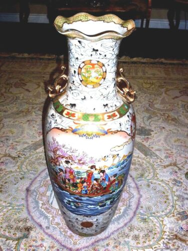 BEUTIFUL ANTIQUE  27 in Tall CHINESE VASE EXCELLENT CONDITION