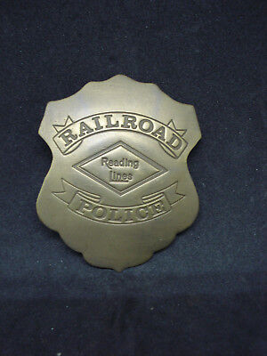 Reading Lines Railroad RR SOLID BRASS w/Antique Finish BADGE PIN 174
