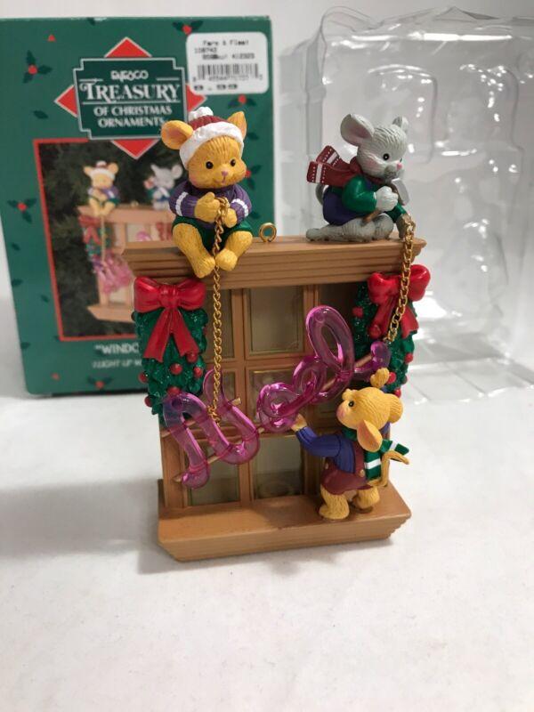 Enesco Window Dressing 2002 Christmas ornament Treasury tree light up mice