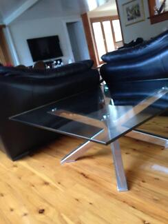 2 x Near New Glass Top Coffee Tables Emu Heights Penrith Area Preview