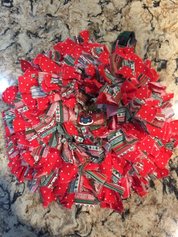 """HANDMADE 15"""" CHRISTMAS 4 LAYER RAG WREATH WITH BE MERRY SIGN - PRIMITIVE RUSTIC"""