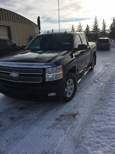 2012 Chevrolet Silverado LTZ ( Fully Loaded )
