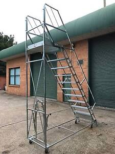 Picking Ladder - 12 Steps Windsor Hawkesbury Area Preview