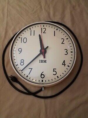 "VINTAGE IBM (INTERNATIONAL BUSINESS MACHINES) 16"" WALL CLOCK BOLD FONT WORKS"
