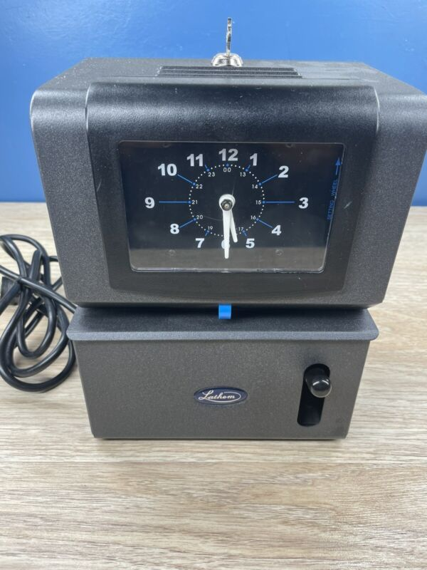 Lathem Time Clock Model 2121 Complete with Key - tested  - works