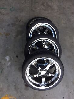 19inch commodore or bmw wheels and tyres Clontarf Redcliffe Area Preview
