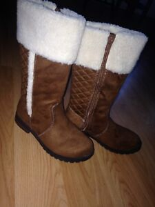 American Eagle Girls Boots (size 1)