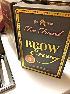 Too Faced -  Brow Envy How To Glamour Guide - Shaping & Defining (Face Shape Guide)