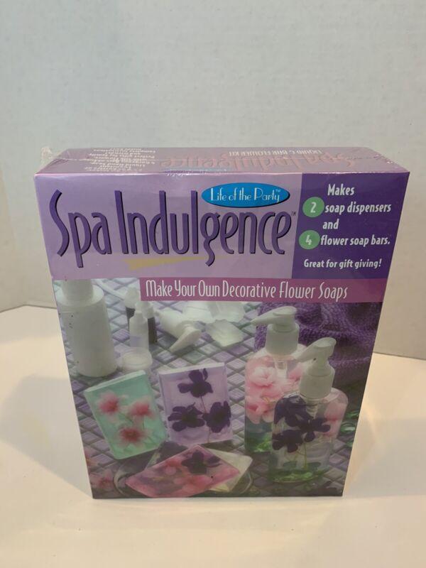 NEW SEALED Life of the Party Spa Indulgence Decorative Flower Soaps Kit