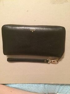 FOSSIL all leather accordion wallet