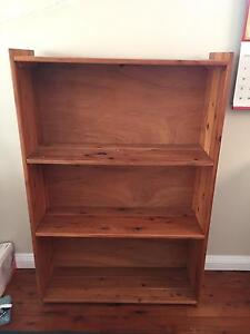 Wooden Bookshelf Tumbi Umbi Wyong Area Preview