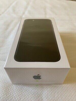 Apple iPhone 7 - 32GB - Black (Cricket) A1660