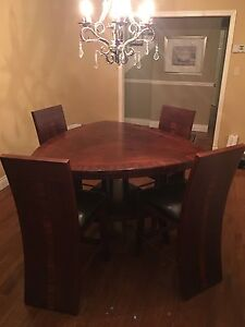 Beautiful Pub Style Table and Chairs