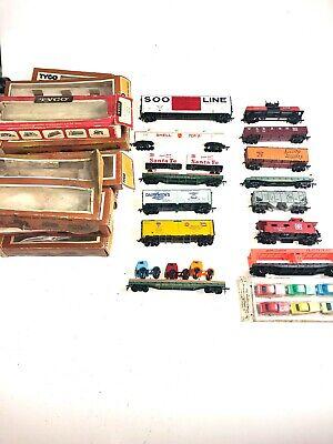Set of 13 Vintage Tyco HO Scale Trains
