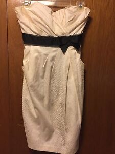 Me chateau white dress size small