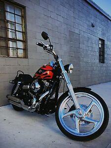 2011 Harley Davidson Dyna Wideglide like new