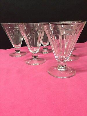 6 verres à vin en cristal. Mod. EUREL cp . H: 90 mm  Val Saint Lambert