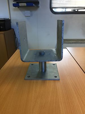 TIMBER POST SHOES, GALV 150MM WIDE TOP CUP AND 150X150 SQ BIG FOOT BASE PLATE