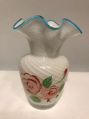 Teleflora Gift Floral Art Glass Vase W  Ruffed Edges