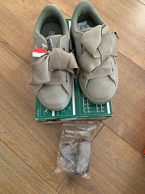 Puma Suede Heart Kids Infant  Khaki Suede Trainers Uk Size 10 /EU28