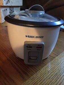 Brand New 6 cup rice cooker