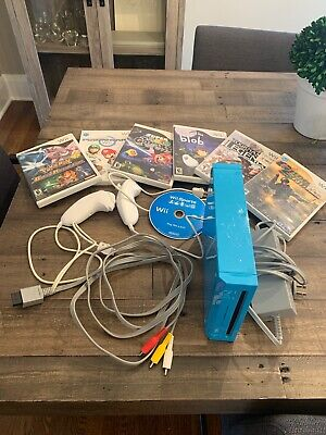 Nintendo Wii - limited edition blue console, with 7 games, Pokemon, Mario Etc