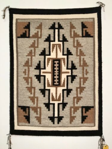 FINE NAVAJO TWO GREY HILLS TAPESTRY/RUG,PHYLLIS JAMES,FRED HARVEY TAG,MINT COND!